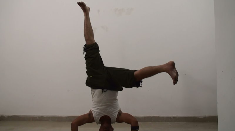Single Side Leg HeadStand Pose