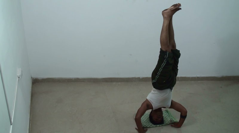 Side Headstand - Parshva Shirshasana
