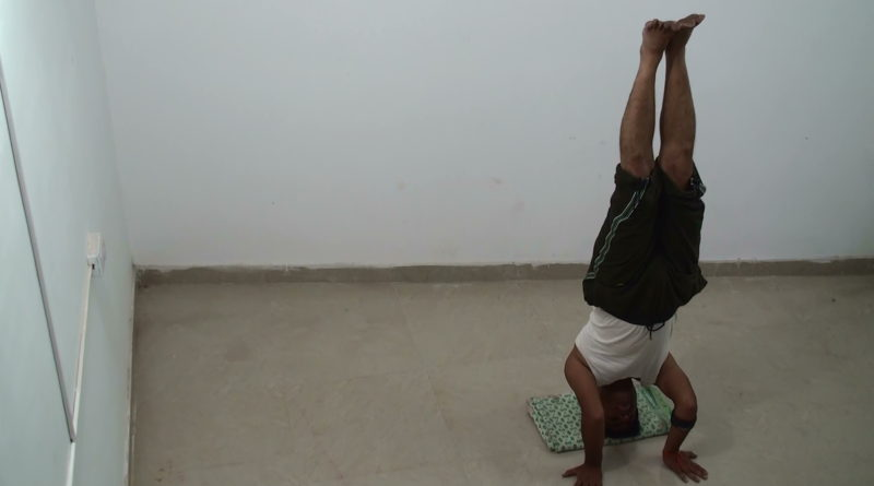 Head Stand - Salamba Shirshasana 3